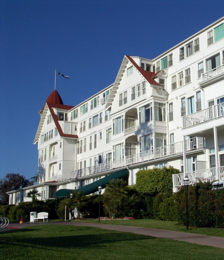 White building with red detailing standing proud and old in Coronado