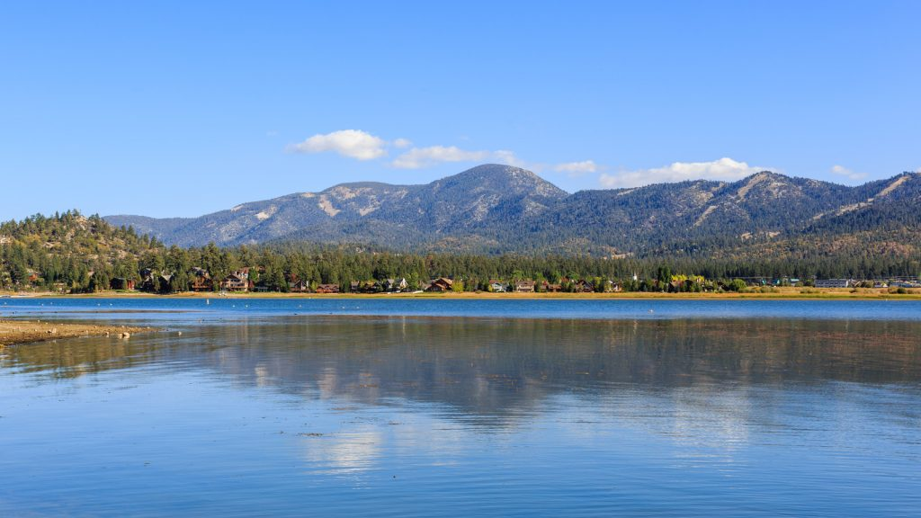 Big Bear Lake in front of Mountains in the distance